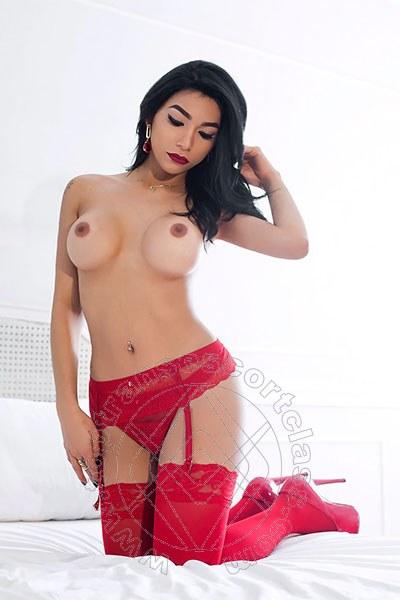 Jennie  MILANO 3284651296