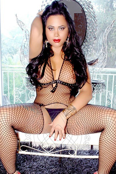 Paola Ferre  PESCARA 3805980432