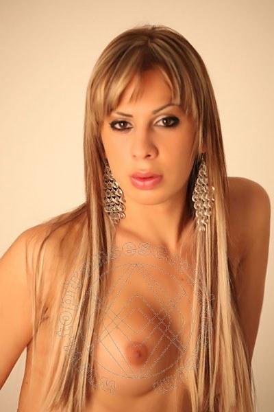 Iris Novit�  SALERNO 3667257650